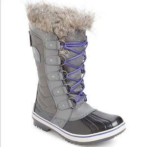 NWT Sorel Tofino II Faux Fur Lined Waterproof Boot